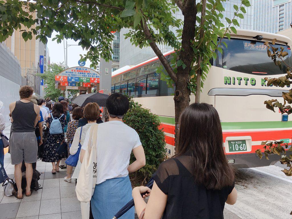 木更津アウトレット行きバス乗り場の混雑状況