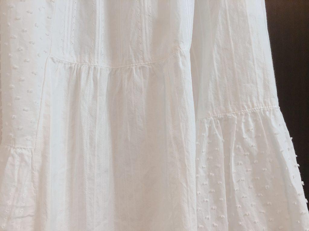 ニコアンドのスカート素材アップ