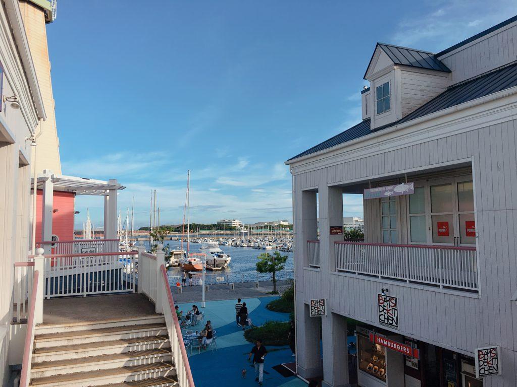 横浜アウトレット海の見える風景