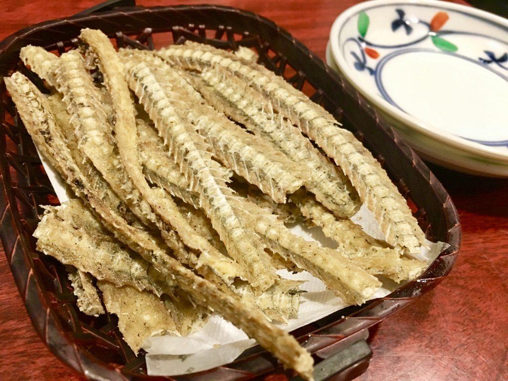 うな鐡大塚店 骨の唐揚げ500円