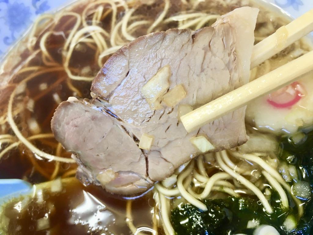 八王子ラーメン トモエ日野店 ラーメン600円のしっかりチャーシュー