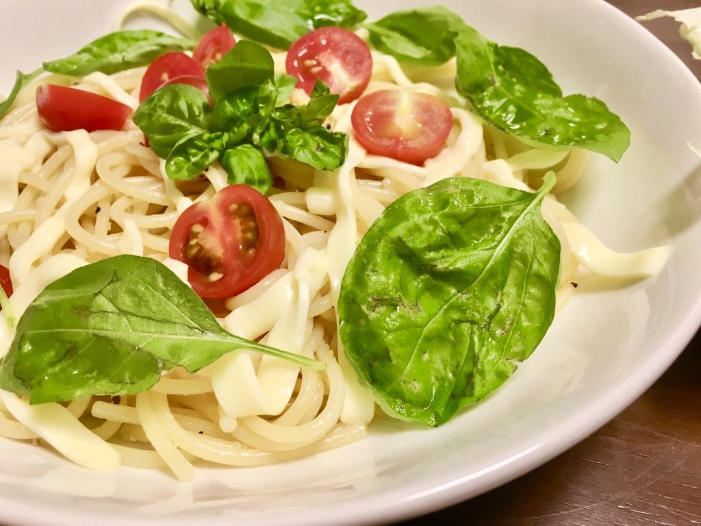 バジルとトマトのイタリアンパスタアップ