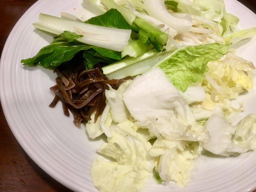 バーミヤン火鍋しゃぶしゃぶ食べ放題のお代わり野菜盛り合わせ